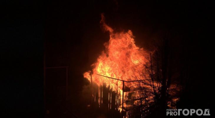Накануне в Коми вспыхнули два жилых дома и хозпостройка