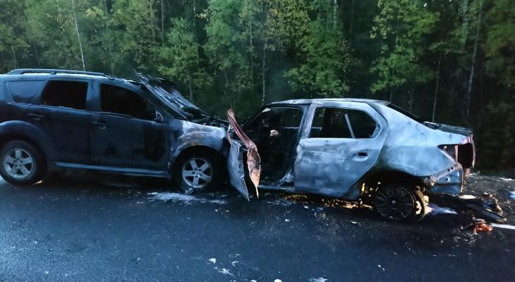 В Коми в загоревшейся машине погиб молодой водитель