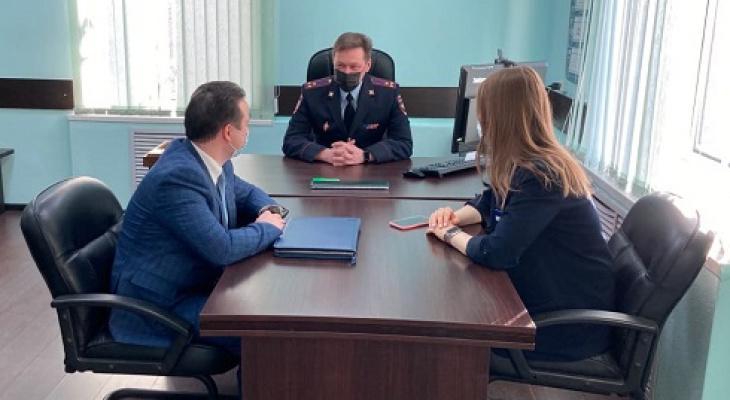 Полиция Ухты провела профилактическую работу с представителями банков и предприятий