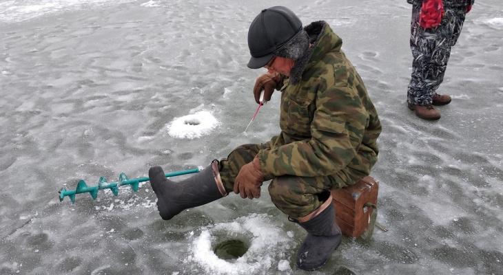 Рыбалки больше не будет: в Коми запретили выходить на лед