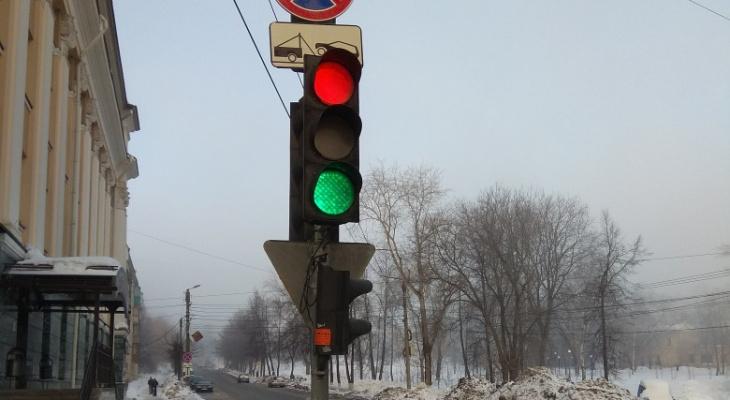 Содержание светофоров на трассе Сыктывкар - Ухта обойдется в 1,9 млн рублей