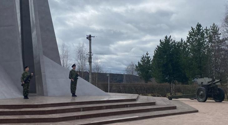 В Ухте почтить ветеранов в этом году смогли только избранные ученики