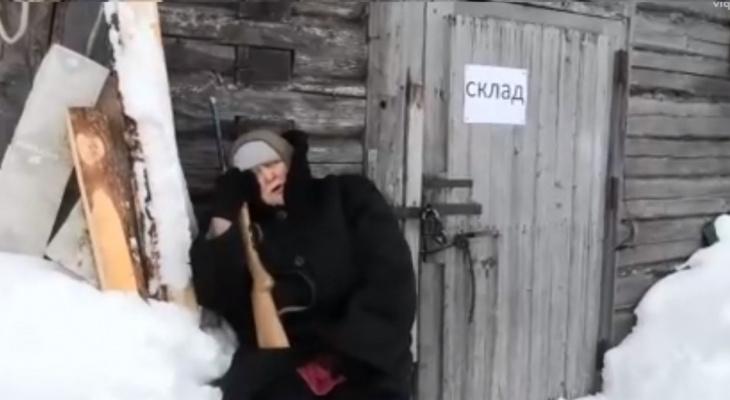 В Коми пенсионеры взорвали интернет, снимая пародии на популярные клипы