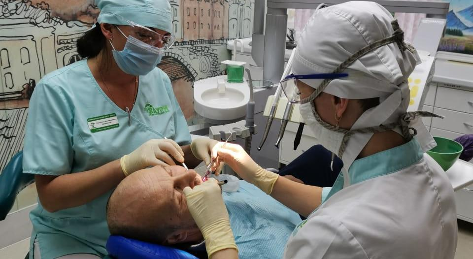 Можно ли исправить прикус и сделать зубы ровными в сжатые сроки? Ухтинский стоматолог ответил на главные вопросы