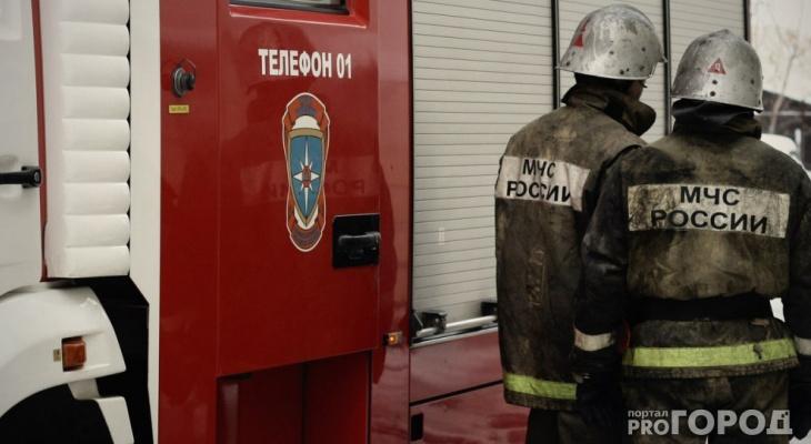 На пожаре в Ухте пенсионерка чуть не сгорела заживо